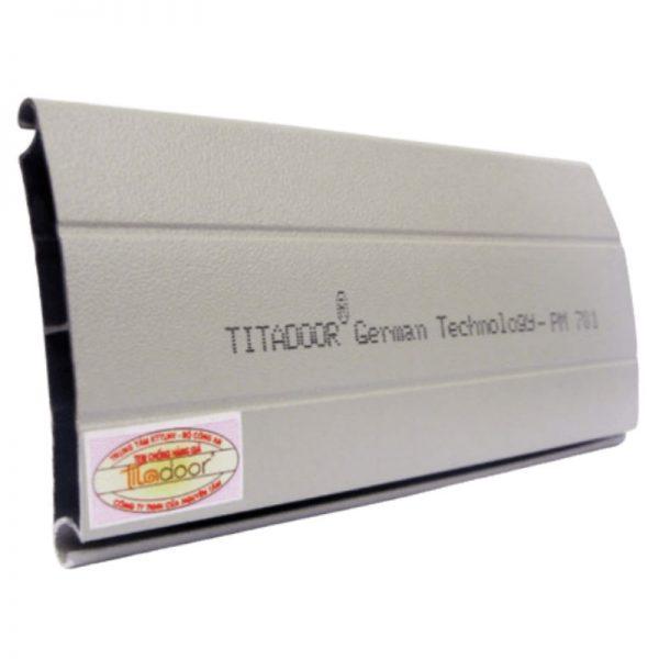 Cửa cuốn công nghệ Đức titadoor nan kín