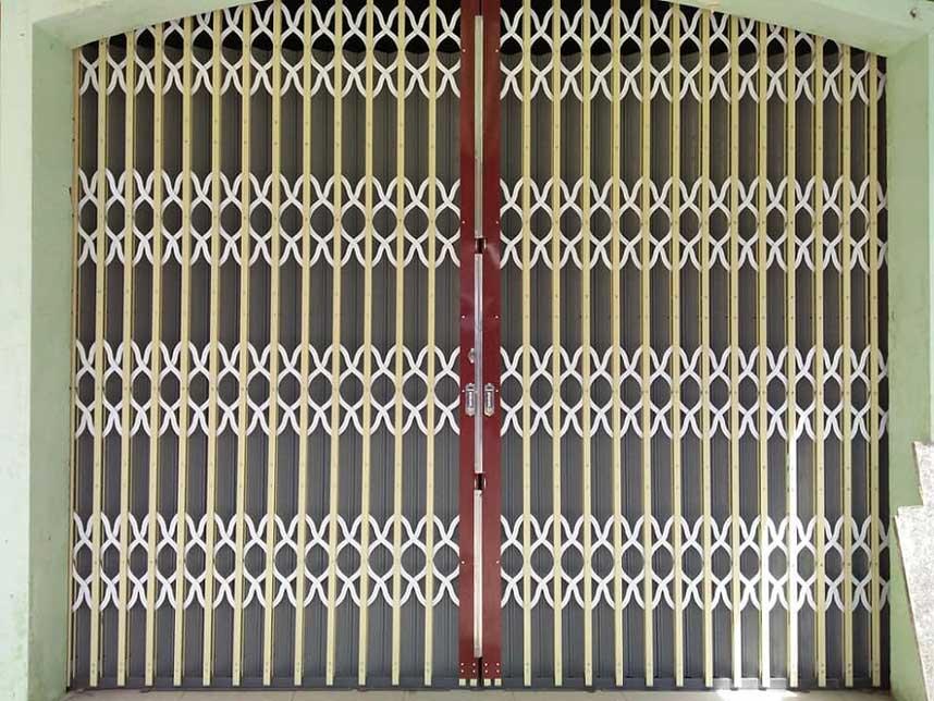 Lắp đặt cửa kéo Hóc Môn